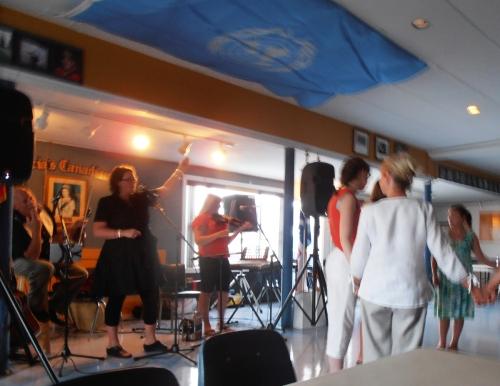 """Running the Goat"" - Newfoundland Dance with Tonya Kearley"